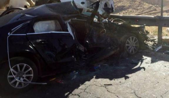 Mardin'de trafik kazası: 2 ölü, 12 yaralı
