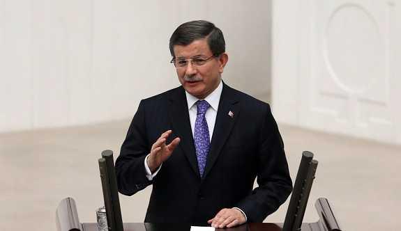 AK Parti'den Davutoğlu'na 'nezaket' uyarısı
