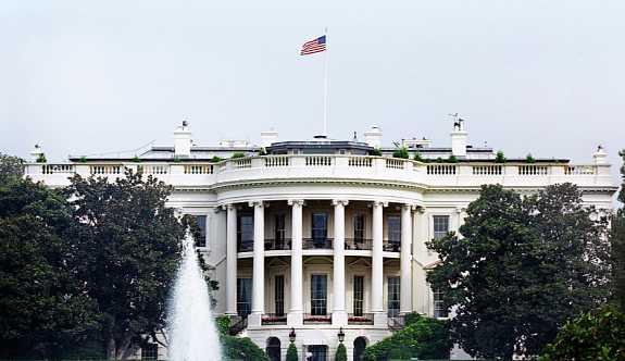 Beyaz Saray: Trump, Rusya, İran ve Kuzey Kore'ye yönelik yaptırımları onaylayacak