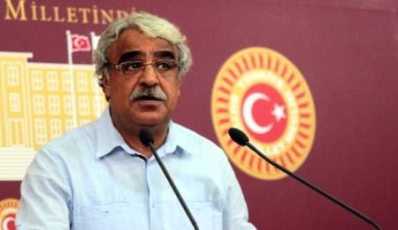 HDP'li Mithat Sancar: CHP çıtayı epeyce yükseğe koydu