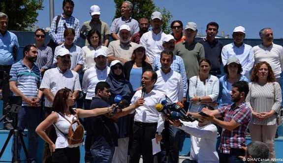 """HDP """"Vicdan ve Adalet Nöbeti""""ne başladı"""