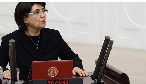 HDP'li Leyla Zana'nın vekilliği düşürülebilir