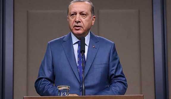 Erdoğan; , Bize gurur yakışır mı? Gurur Allah'a yakışır.