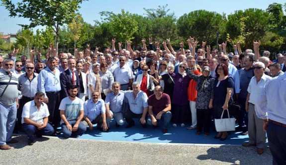 Manisa'da MHP'den toplu istifa