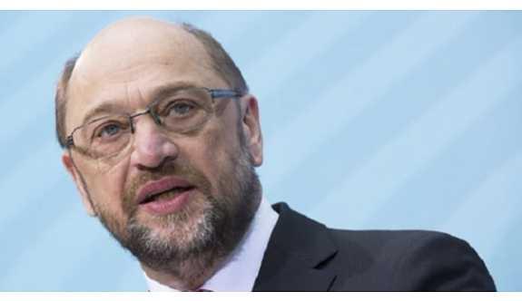 Schulz: Referandum Kürtlerin hakkı