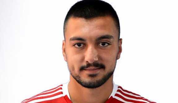 Sivassporlu genç futbolcu beyin kanaması geçirdi