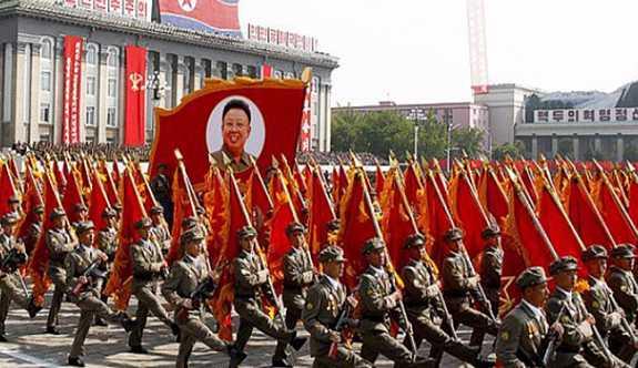 Trump'ın tehditlerine Kuzey Kore halkından cevap: 3 buçuk milyon gönüllü asker
