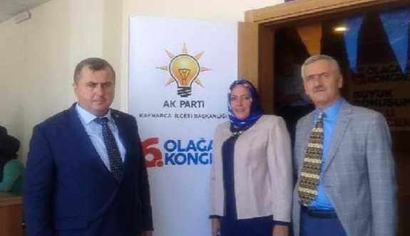 Başörtüsüz fotoğrafı eleştirilen AK Partili Kadın Kolları Başkanı istifa etti