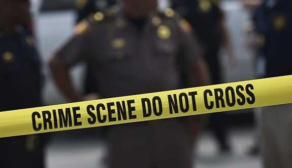 Polis, cansız kadının bedenini yiyen adamı öldürdü