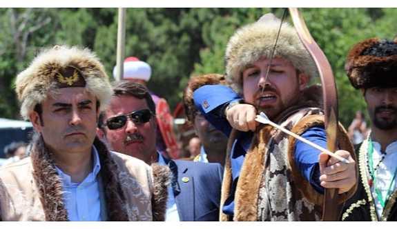 Bilal Erdoğan, 'Avrupa özentilerine' tepkili