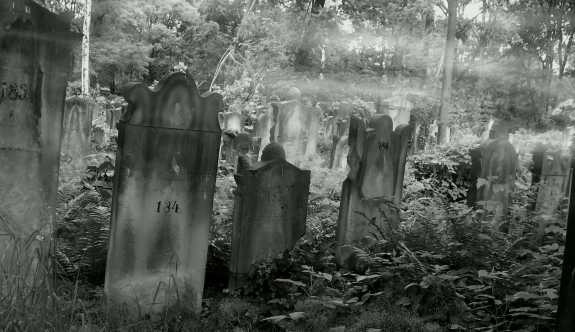 Dünya'nın En Ürkütücü 10 Mezarlığı