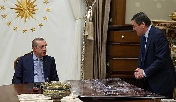 'Erdoğan, Melih Gökçek'e Twitter yasağı koydu'