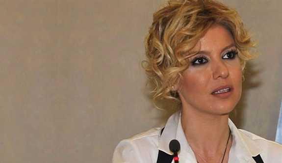 Gülben Ergen'e 'yasak aşk' iptali'