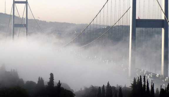 İstanbul'da sis nedeniyle bazı vapur seferleri iptal edildi