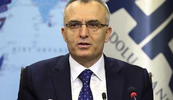 Maliye Bakanı Naci Ağbal hastaneye kaldırıldı