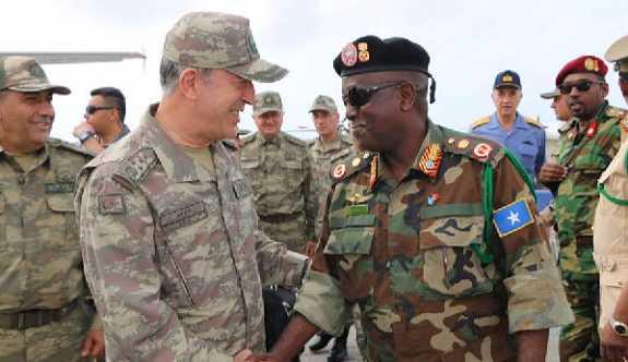 Türkiye'nin Somali'deki askeri üssü açıldı