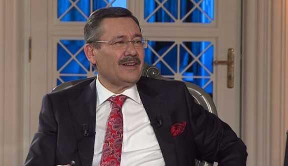 """Yılmaz Özdil; """"Melih Gökçek'in yerine Ankarapithecus'u koysunlar"""""""