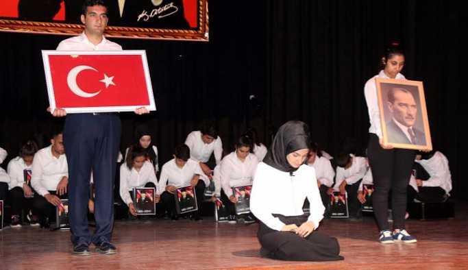 10 Kasım töreninde Atatürk için Kürtçe ağıt