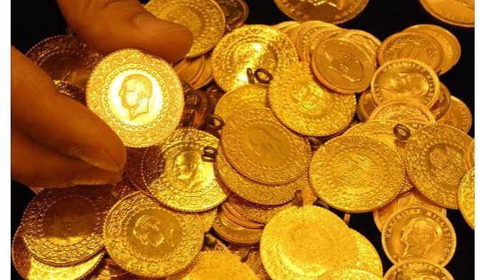 Altının gram fiyatı rekor seviyeye yükseldi.