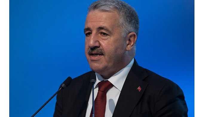 Bakan  Arslan: Türk Telekom'u devredebiliriz