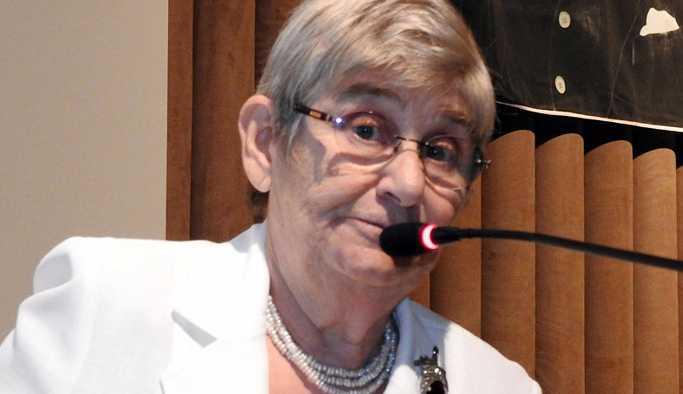 Canan Karatay: Kolesterolü yüksek olan kadınlar daha uzun yaşıyor