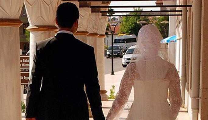 Erdoğan müftülere nikah kıyma yetkisi veren yasayı onayladı