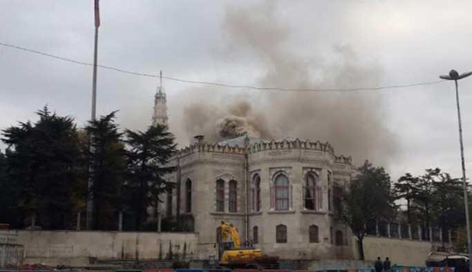 İstanbul Üniversitesi'nde korkutan dumanlar