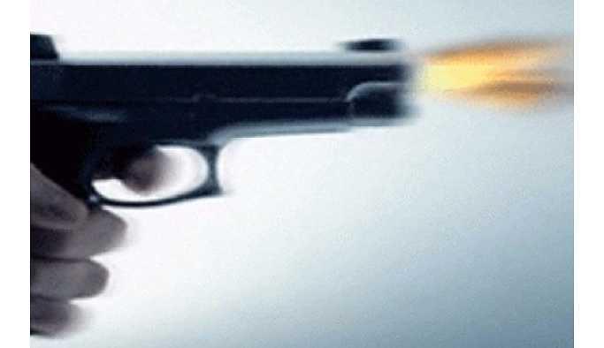 İzmir'de Buca Belediye Başkan Yardımcısı Murat Işık'ın yeğenine silahlı saldırı