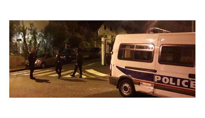 Paris'te polis 3 kişiyi öldürüp intihar etti