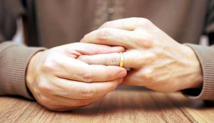 Yargıtay, evli kişilerle ilişkisi olanlar için içtihat oluşturacak