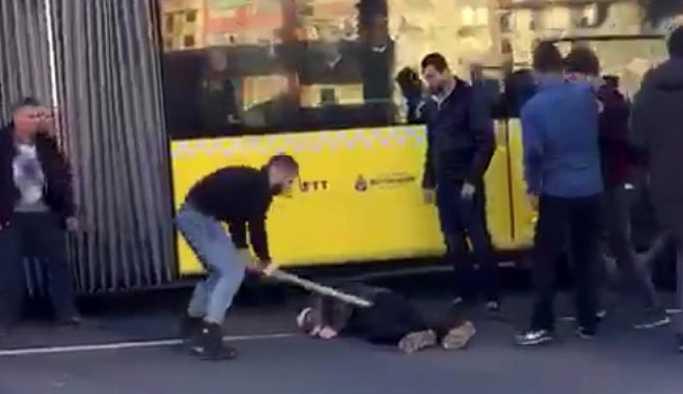 İstanbul Fatih'te cadde ortasında dehşet anları!