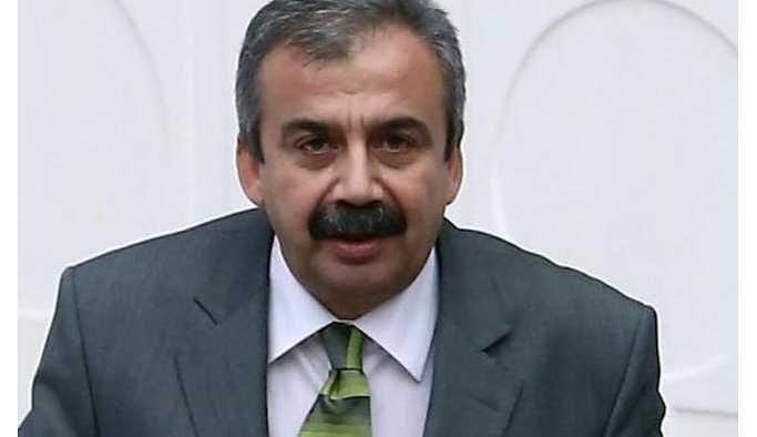 Sırrı Süreyya Önder'den Kürdistan tepkisi