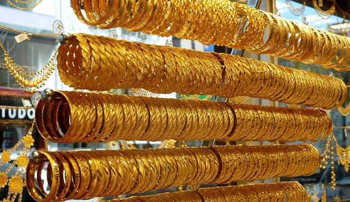 Altın yükselişini sürdürüyor.