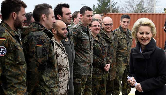 Almanya, Irak güvenlik güçlerine eğitim ve destek hizmeti sunacak