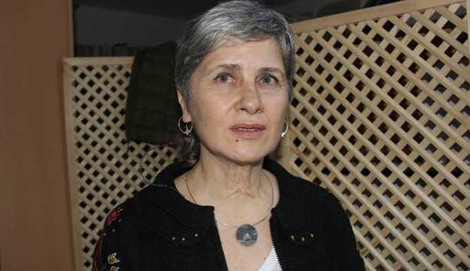 'Barış imzacısı' akademisyenler hak ihlallerini belgeleyecek