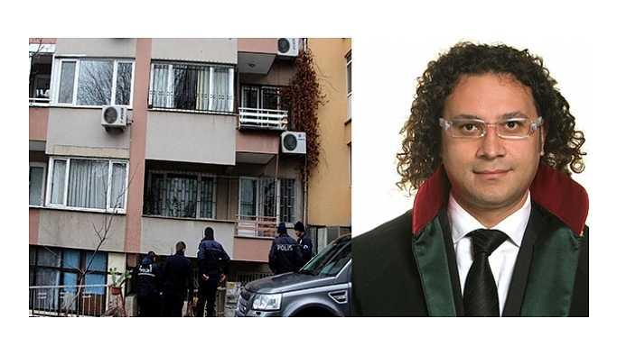 Beşiktaş'da avukat Çağrı Göktaş, evinin önünde silahlı saldırıya uğradı.