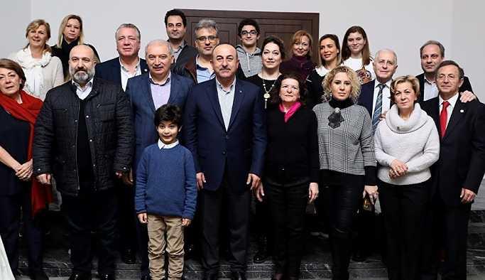 Çavuşoğlu: Abdülhamid'in torunlarına vatandaşlık vermek isteriz