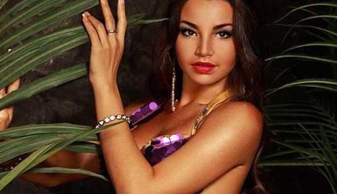 Gerekçe 'tahrik edici' oluşu: Mısır, Rusyalı dansözü sınır dışı ediyor