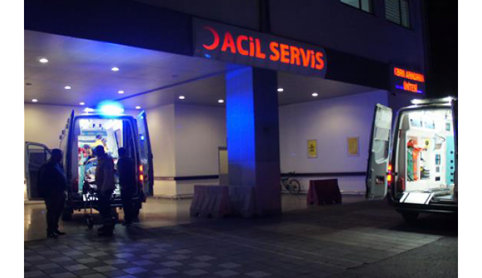 Hastane acil hizmetlerinde katkı payının önü açıldı.