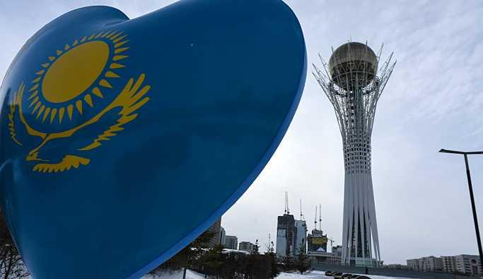Kazakistan'da pasaport ve kimlikler Latin alfabesiyle çıkarılacak