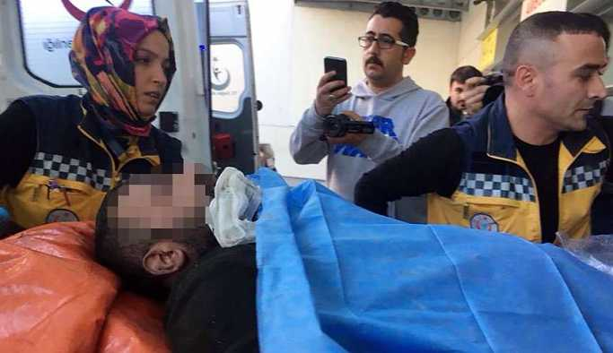 Kızının gözleri önünde 14 yıllık eşini bıçaklayarak öldürdü