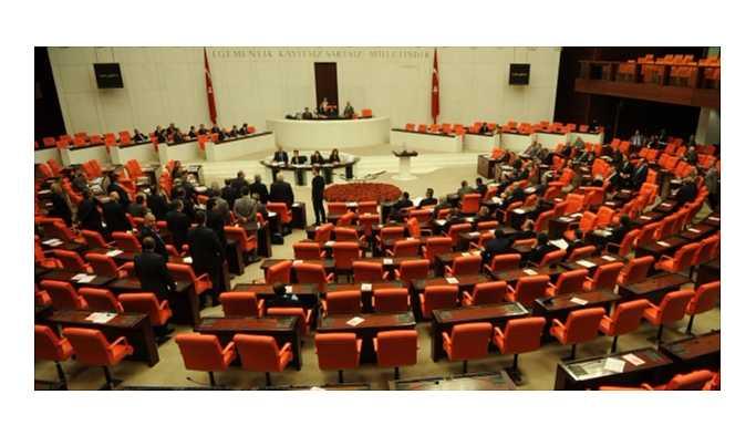 """Maliye Bakanı'nın """"CHP'nin millete faydası ne?"""" sözleri ortalığı karıştırdı"""