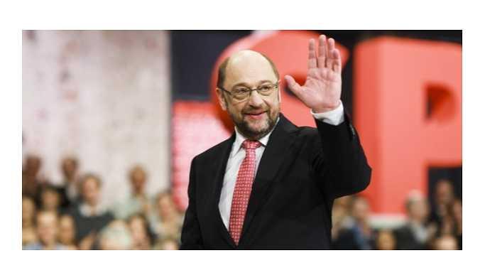 Martin Schulz görevinden istifa etti