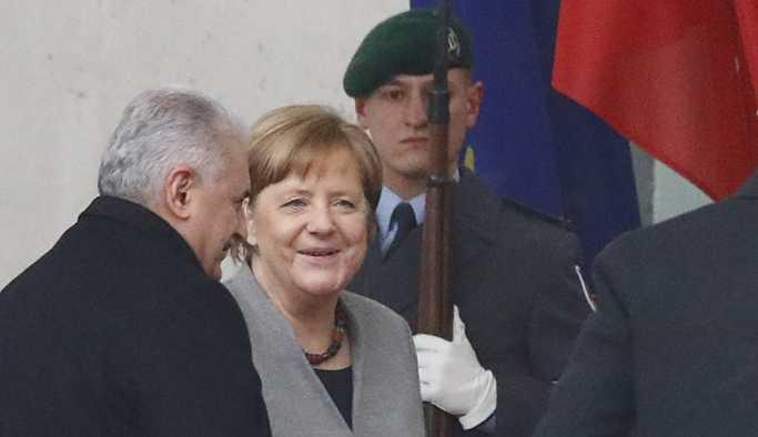 Yıldırım ve Merkel'den görüşmenin ardından ortak basın açıklaması