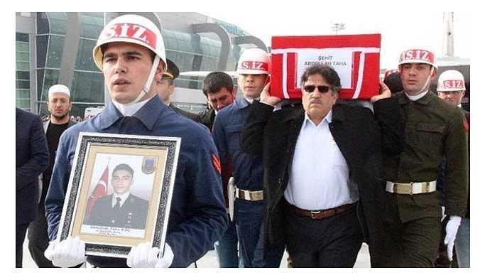 Afrin'de yaşamını yitiren askerin babası KHK ile işten atılmış