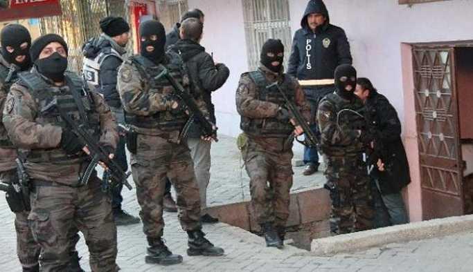 Ankara'da 'elçilik' operasyonu: 20 gözaltı