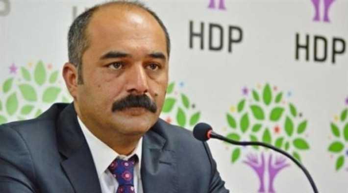 HDP milletvekili Berdan Öztürk hakkında yakalama kararı verildi