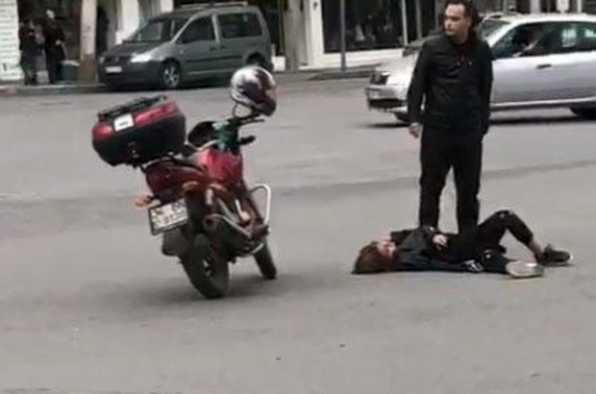 Kahramanmaraş'ta elinde bıçakla koşan genç kadın bir anda yere yığıldı