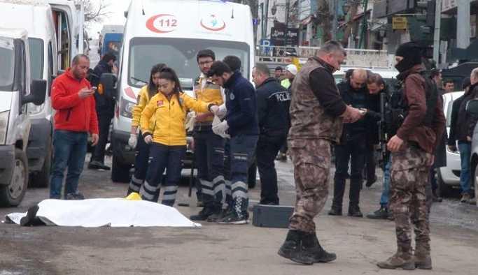 Kars'ta kent merkezinde çatışma