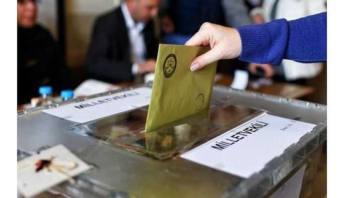Seçim öncesi tuhaf ittifak: 4 parti anlaştı